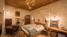 Deluxe Stone Rooms 401
