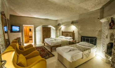 TRIPLE Cave SUITE Rooms